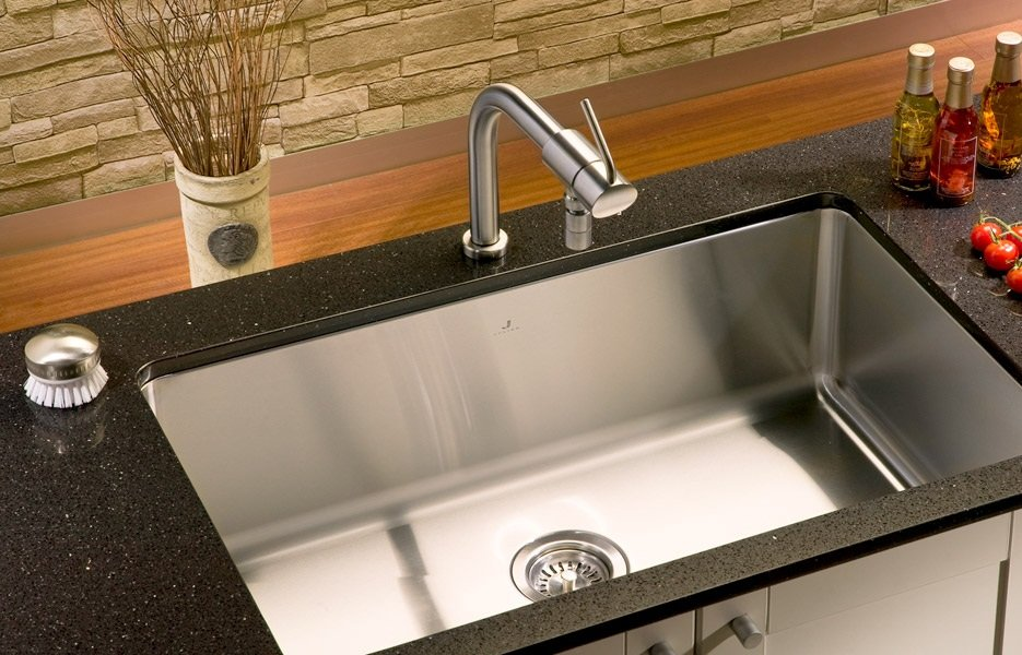 Best Undermount Kitchen Sinks 2018 - Top 5 Rated Models on The Market