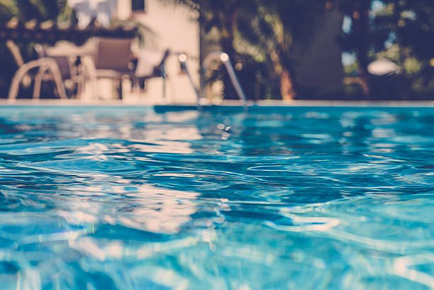 How to Keep Your Swimming Pool From Becoming Contaminated