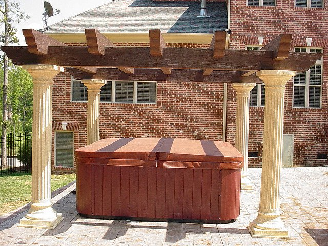 Hot Tub CoversBuying Guide