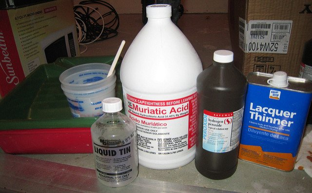 Ultimate guide for using muriatic acid in your pool 2019 - How to use muriatic acid in swimming pools ...