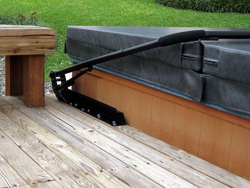 Top 8 Best Hot Tub Cover Lifts Of 2021 Reviews